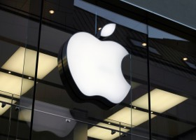 Apple Plans for Internet Radio